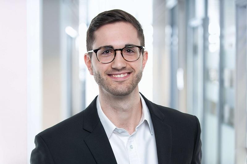 Es freut mich, dass Du Kontakt zu mir aufnehmen möchtest.  Mein Name ist Andreas Geiger und ich bin der Gründer von ERP-UP.de. Mein Ziel ist es, so viel Wissen über das SAP ERP-System zu vermitteln und Dir zeigen welche nützlichen Funktionen es gibt. Ich möchte Dir dadurch einen Mehrwert bieten.  Seit dem März 2019 bin ich OCR und SAP Consultant Vollzeit.